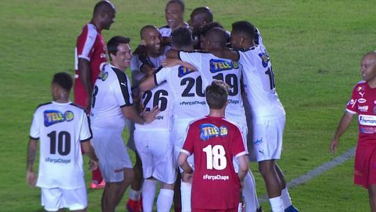 Com homenagem a Zico, irmãos Pires e Neymar dão show de bola em Minas