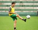 Ceará admite interesse no meia Zezinho, ex-Atlético-GO, para 2016
