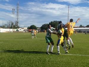 Interporto vence o Tocantinópolis no estádio General Sampaio, em Porto Nacional (Foto: Vilma Nascimento/GloboEsporte.com)