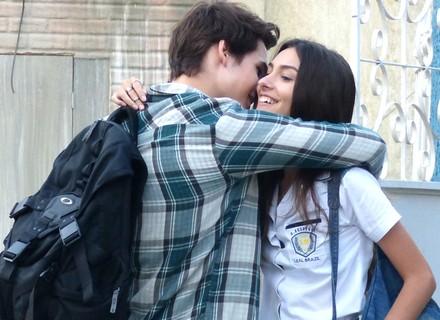Luan flagra Luciana e Rodrigo juntos após manifestação