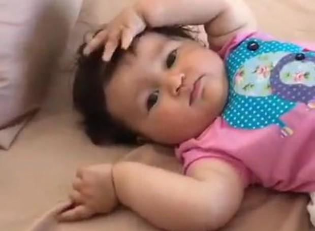 Madalena, filha de Yanna Lavigne e Bruno Gissoni (Foto: Reprodução/Instagram)