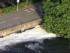 Imagens mostram espuma na Lagoa Rodrigo de Freitas, Zona Sul do Rio