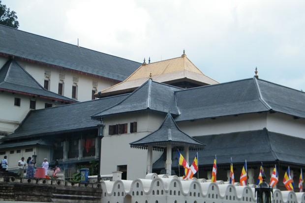 O Templo da Relíquia, um dos pontos mais procurados do Sri Lanka (Foto: Sebastião Rinaldi)