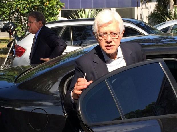 Os ex-ministros Moreira Franco e Geddel Vieira Lima chegam para reunião com Michel Temer em São Paulo (Foto: Vivian Reis/G1)