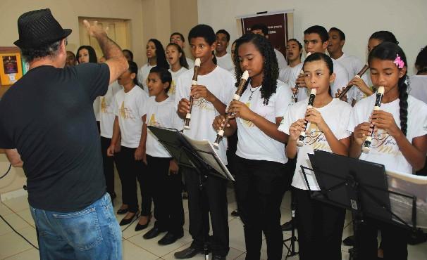 O Instituto Flauta Mágica, de Cuiabá, será um dos destaques do programa Como Será?, especial de 1 ano! (Foto: reprodução/internet)