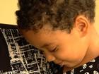 Criança que está perdendo a visão precisa de cirurgia de R$ 7 mil