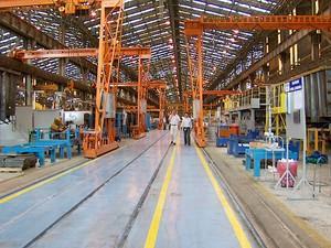 Produção em indústria (Foto: Reprodução EPTV)