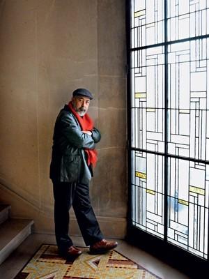 Leonardo Padura em foto de 2010. O que ele diz em Cuba é considerado o limite do que pode ser (Foto: AFP)