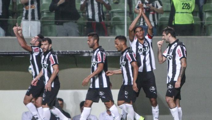 Jogadores comemoram gol de Leo Silva (Foto: Bruno Cantini/Flickr do Atlético-MG)