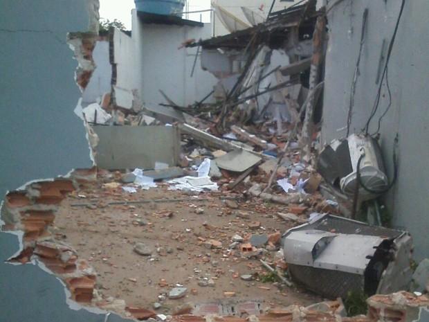 Agência do Banco do Brasil em Humberto de Campos após explosão (Foto: Divulgação /Polícia Civil)