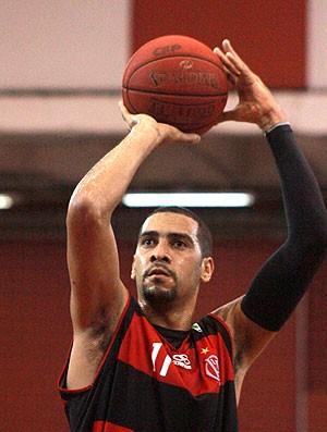 Marquinhos basquete Flamengo Paulistano (Foto: Thiago Lavinas)
