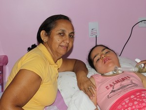 Maria de Lurdes, avó de Rayssa (Foto: Gil Oliveira/G1)