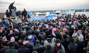 Fronteira síria com a Turquia tem cerca de 20 mil pessoas bloqueadas