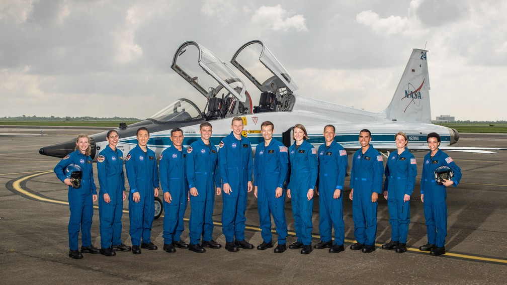 Novos astronautas selecionados pela Nasa para a turma de 2017 (Foto: Robert Markowitz/NASA via AP)