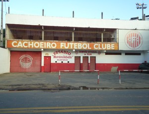 Estádio Moreira Rebello terá que passar por reformas para receber jogos oficiais (Foto: Alissandra Mendes)