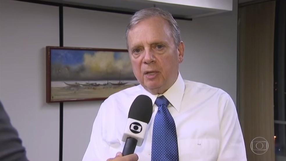 O presidente em exercício do PSDB, senador Tasso Jereissati (CE) (Foto: Reprodução / TV Globo)