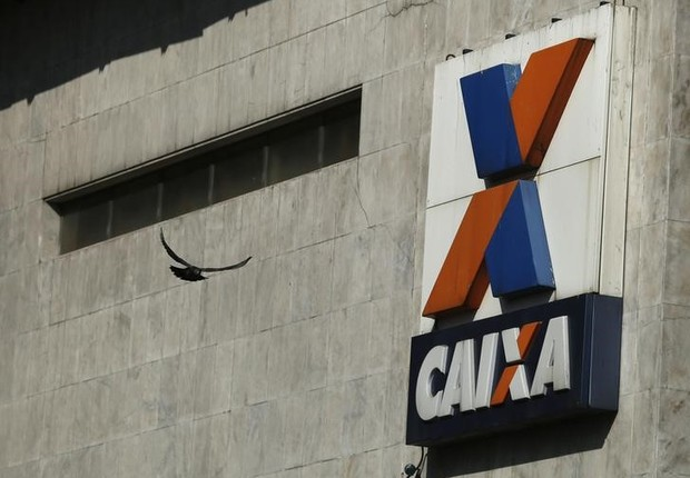 Prédio da Caixa Econômica Federal no centro do Rio de Janeiro (Foto: Pilar Olivares/Reuters)
