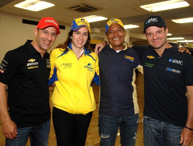 Indy - Tony Kanaan, Bia Figueiredo, Nô e Rubens Barrichello na etapa de São Paulo (Foto: Miguel Costa Jr. / Divulgação)