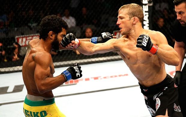 Hugo Wolverine derrota luta UFC TJ Dillashaw (Foto: Getty Images)