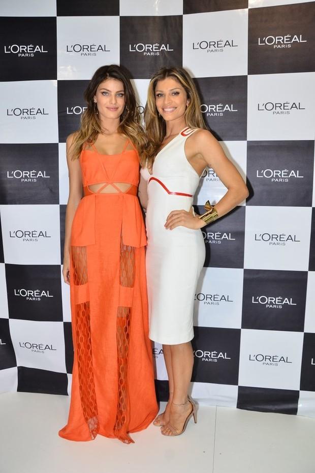 Isabelli Fontana e Grazi Massafera na Beauty Fair em São Paulo (Foto: Caio Duran e Thiago Duran / AgNews)