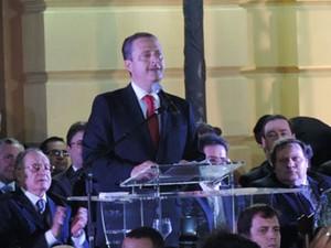 Eduardo Campos se emociona ao se despedir do governo (Foto: Katherine Coutinho / G1)