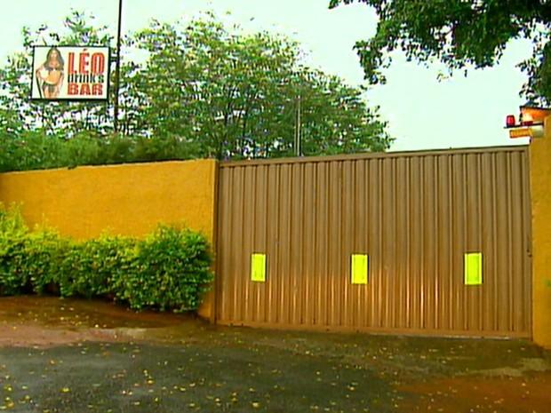 Casa de prostituição fica localizada às margens da Rodovia José Pizarro (Foto: Antônio Luiz/EPTV)