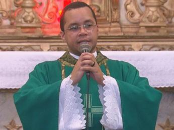Padre Gimesson Silva, coordenador da comissão da JMJ em Pernambuco. (Foto: Reprodução/ TV Globo)
