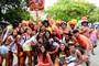 Multidão festeja os 50 anos da Banda de Ipanema (Marcelo Fonseca / G1)