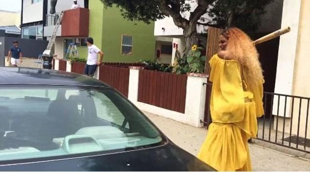 Clipe de remontagem de 'Lemonade' j foi visto por mais de 300 mil pessoas (Foto: Reproduo/Facebook)