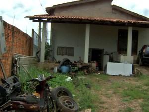 Latrocínio foi cometido no bairro Doutor Fábio, em Cuiabá (Foto: Reprodução/TVCA)