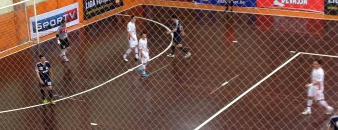 Florianópolis e Sorocaba pela Liga Futsal 2014 (Foto: Divulgação/ Sorocaba Futsal)