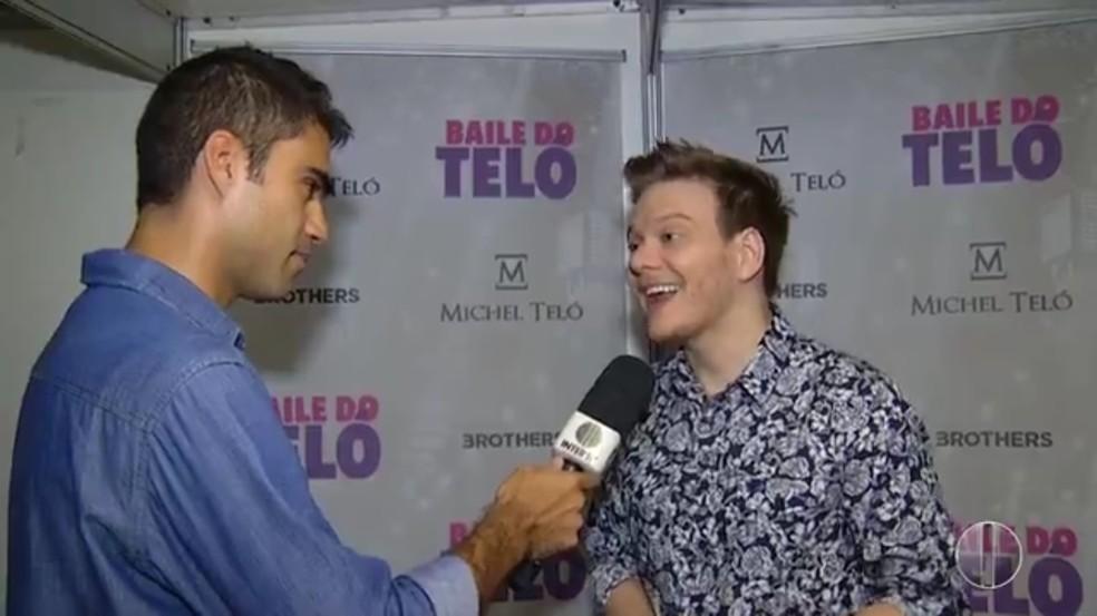 Cantor sertanejo se apresentou no Mossoró Cidade Junina neste sábado (24)  (Foto: Reprodução/Inter TV Cabugi )