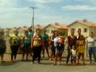 Sorteados protestam para cobrar entrega de casas populares em MT