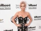 Kesha revela a revista o que a levou a ser internada na reabilitação