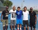 Roger Federer encontra craques do futebol francês em treino em Dubai