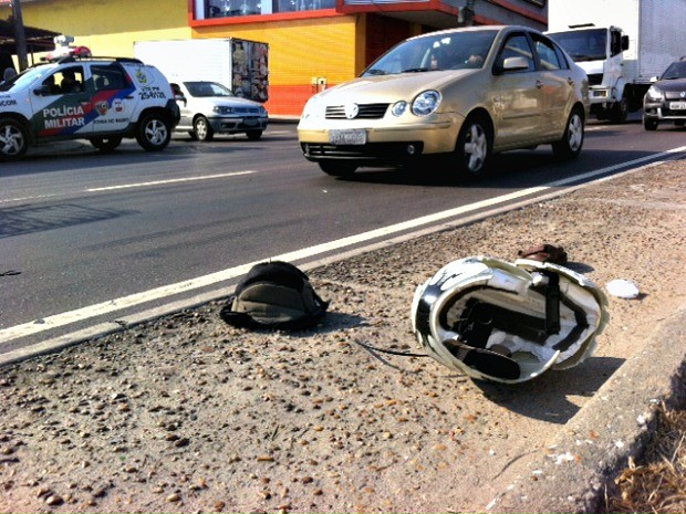 Motociclista morreu atropleado na avenida Altaz Mirim, na Zona Leste de Manaus (Foto: Adneison Severiano/G1 AM)