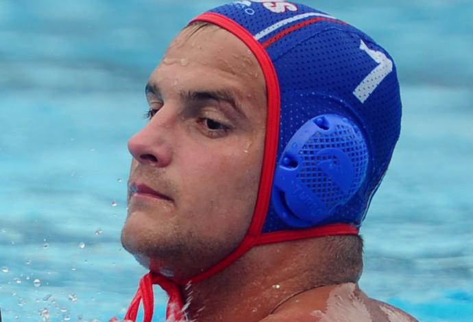 Timakov durante partida do Mundial de Kazan (Foto: AFP PHOTO / ATTILA KISBENEDEK)