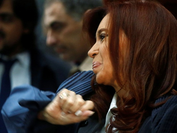 Ex-presidente argentina Cristina Kirchner foi a tribunal federal nesta quarta-feira (11) (Foto: Agustin Marcarian/ Reuters)