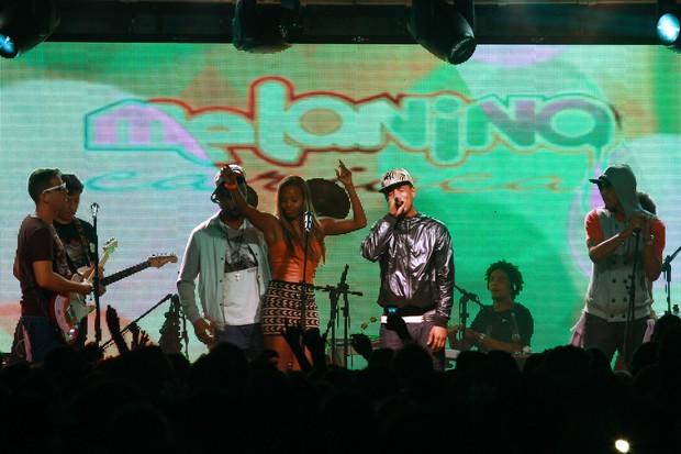 Roberta Rodrigues no show do grupo Melanina Carioca (Foto: Michael Melo/Divulgação)