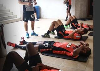 Jogadores do Atlético-MG fizeram treino físico pela manhã em Salvador (Foto: Reprodução / CAM)