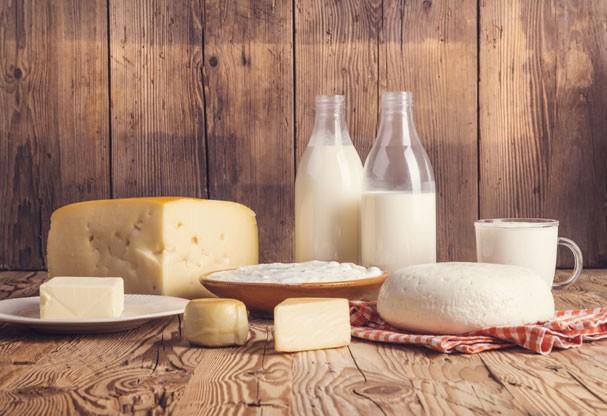 Existem três tipos de intolerância à lactose, sendo a genética a mais rara, sabia? (Foto: Thinkstock)