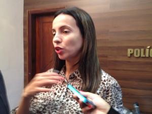 Delegada Cristiane Vasconcelos, titular da Delegacia de Repressão aos Crimes de Alta Tecnologia (Dercat) (Foto: Gilcilene Araújo/G1)