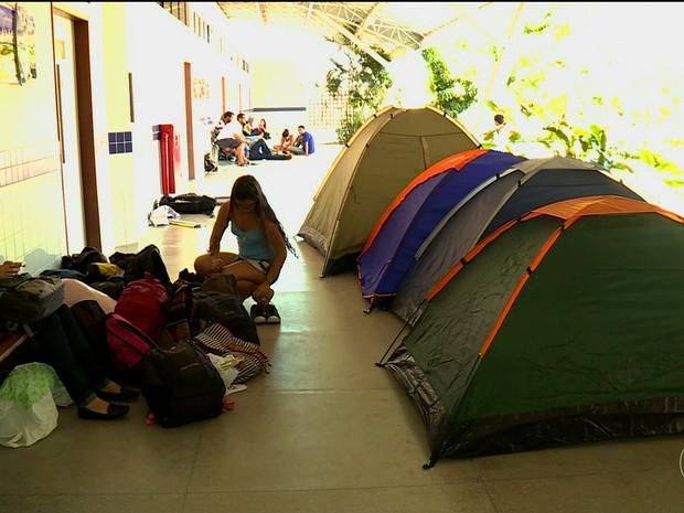 Estudantes ocupam campus Ciências Agrárias da Univasf em Petrolina, PE (Foto: Reprodução/ TV Grande Rio)