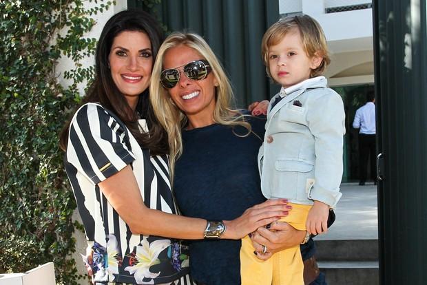 Isabella Fiorentino, Adriane Galisteu e o filho Vittorio (Foto: Manuela Scarpa / Foto Rio News)
