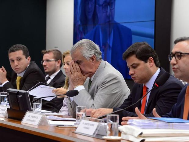 A sessão do Conselho de Ética que começou a analisar o parecer sobre Eduardo Cunha durou seis horas (Foto: Valter Campanato / Agência Brasil)