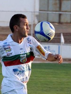 Lateral-esquerdo Rogerinho, do Baraúnas (Foto: Cézar Alves/Cedida)