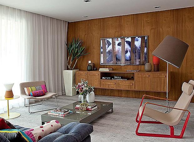 decoracao de sala unica:dia, a designer de interiores Magda Marconi instalou o mesmo piso de