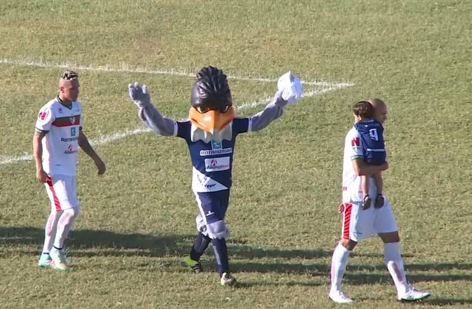 Salgueiro, mascote (Foto: Reprodução/ TV Grande Rio)