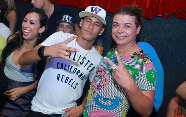 Neymar e David Brazil em boate no Rio (Foto: Raphael Mesquita/ Divulgação)
