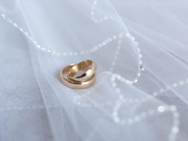 Casais gays poderão celebrar suas uniões na URC (Foto: Kaboompics)